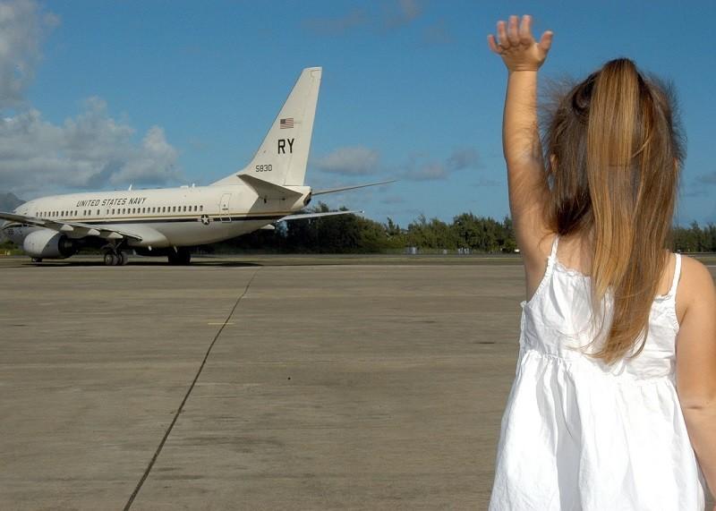 consejos para viajar en avion con niños y bebes