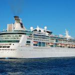 Por qué flotan los barcos de los cruceros